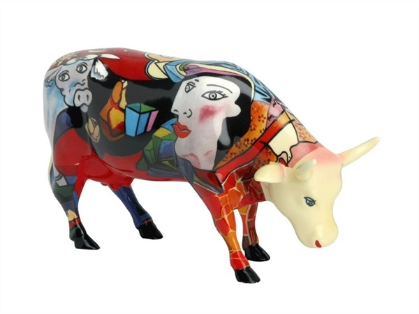 COWPARADE Hommage to Picowso's african period