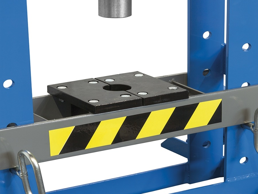 Fervi spa pressa manuale idraulica p001 10 acquista su for Pressa idraulica manuale